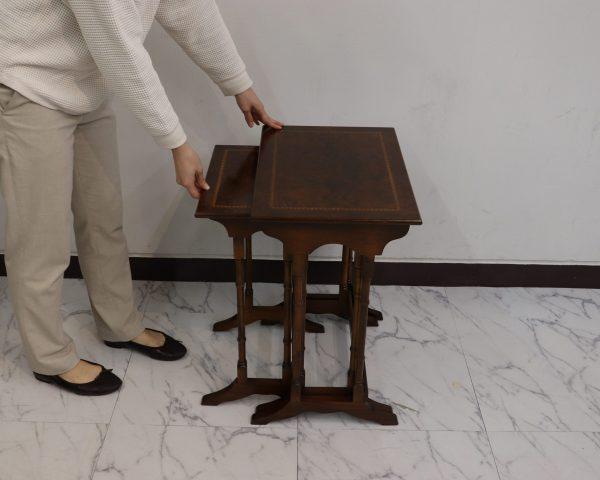ケントストア・アンティーク家具のネストテーブル