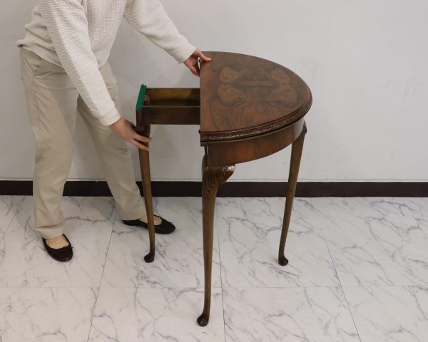 ケントストア・アンティーク家具のゲームテーブル